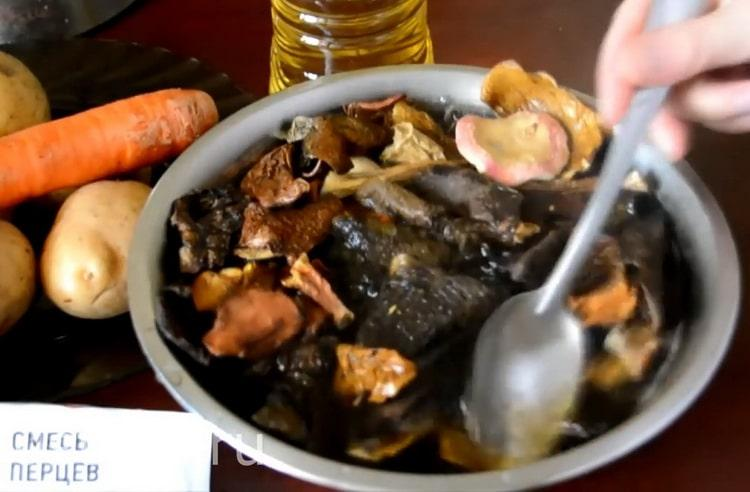 10 лучших рецептов суп из белых сушеных грибов (153.2 ккал)