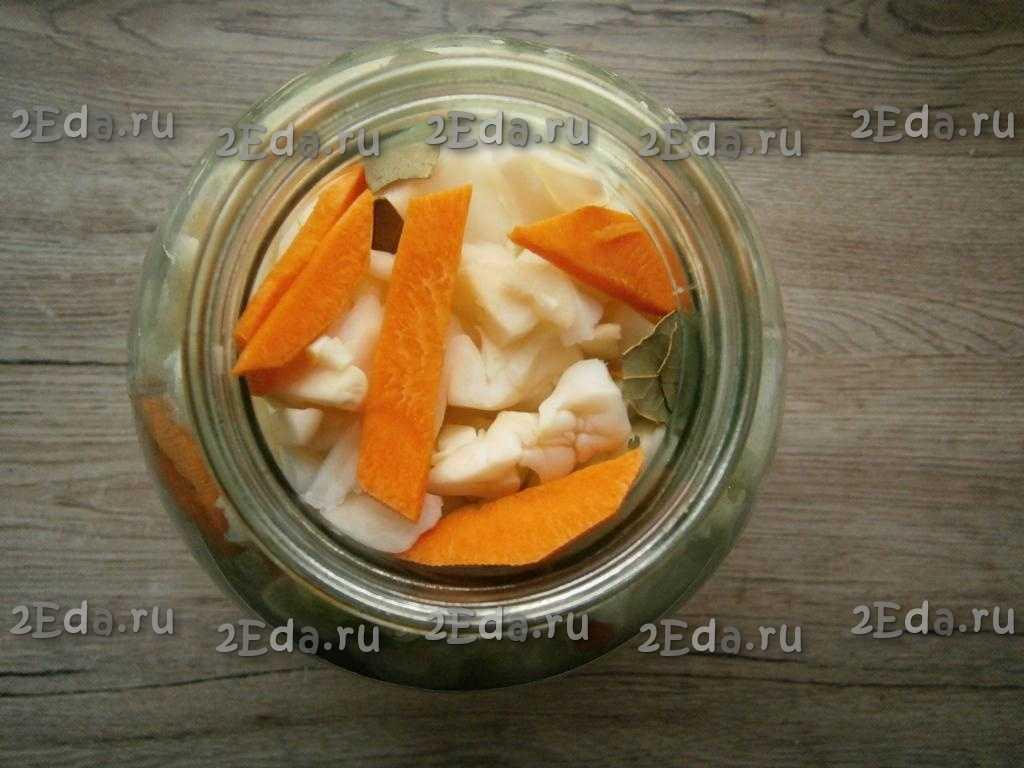 Капуста, маринованная кусочками, быстрого приготовления - 6 пошаговых фото в рецепте
