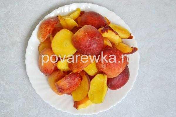 Как варить персиковый компот: вариант «на сейчас» и заготовки на зиму