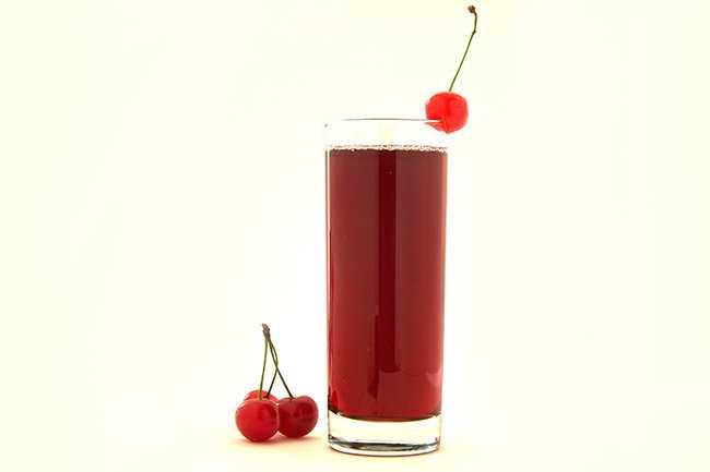 Как хранить свежевыжатый яблочный сок: сколько можно в холодильнике, без кипячения, как организовать хранение нектара из яблок на зиму?