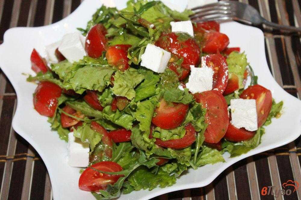 Рецепт салата из помидоров с брынзой
