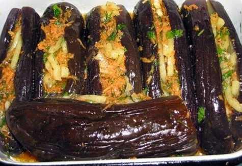Квашеные баклажаны - как готовить фаршированные морковью, чесноком или зеленью под гнетом