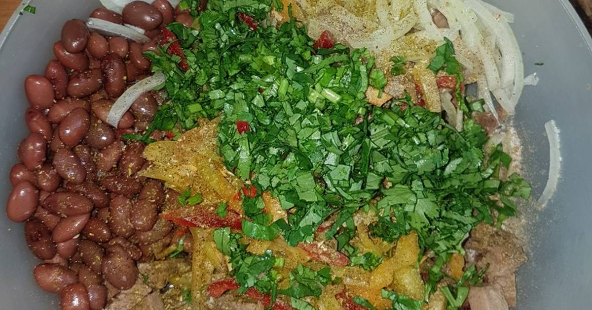 Самые красивые и вкусные салаты с гранатом: 10 лучших рецептов - классические мясные и постные диетические с фотографиями и пошаговым описанием