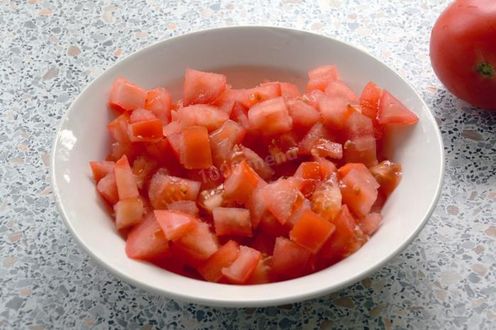 Салат крабовые палочки помидоры сыр рецепт с фото пошагово и видео - 1000.menu