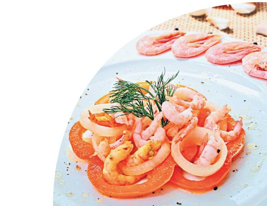 Салат морской коктейль с креветками и кальмарами - покорит гостей: рецепт с фото и видео