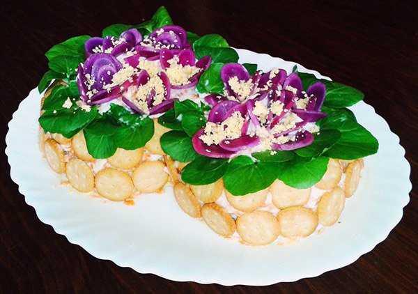 Салат фиалка - восхитительное украшение на любом праздничном столе: рецепт с фото и видео