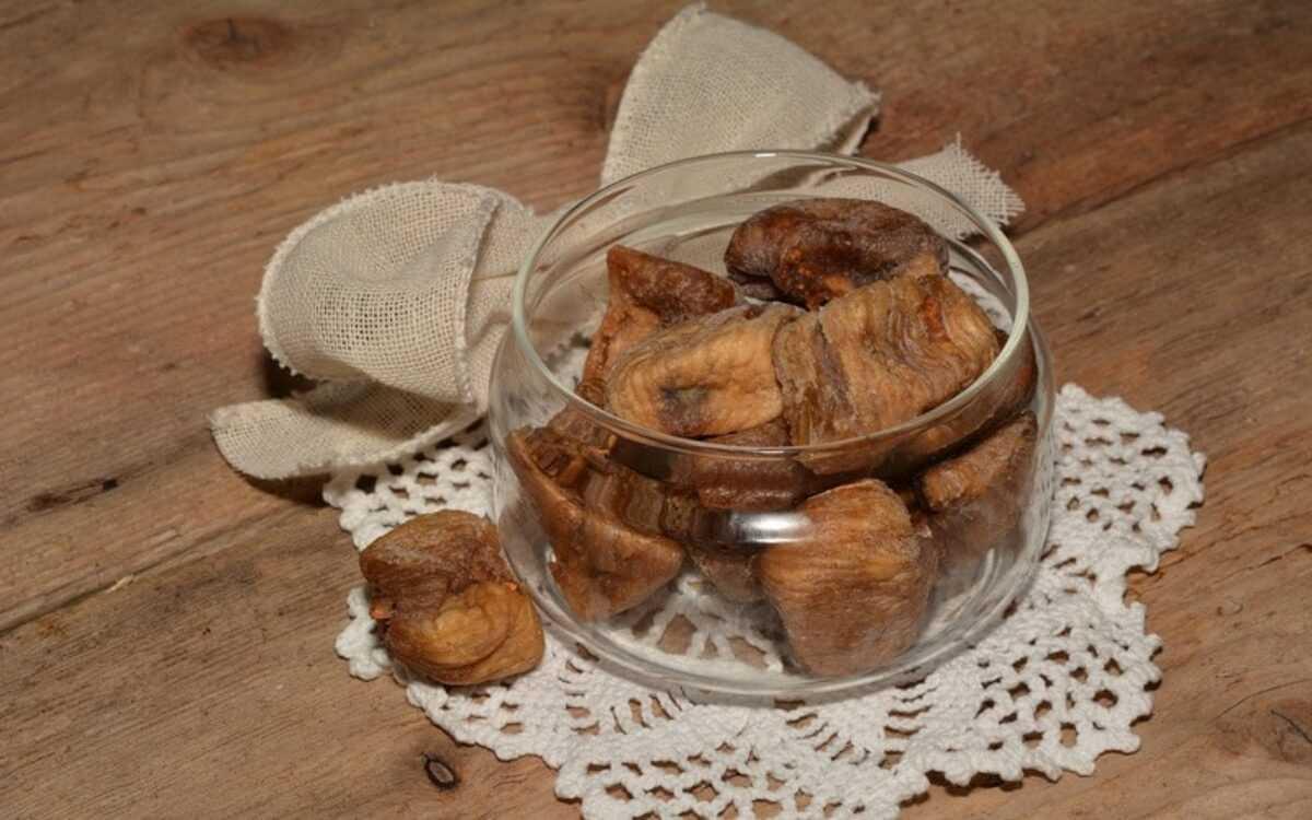 8 полезных свойств сушёного инжира для здоровья человека