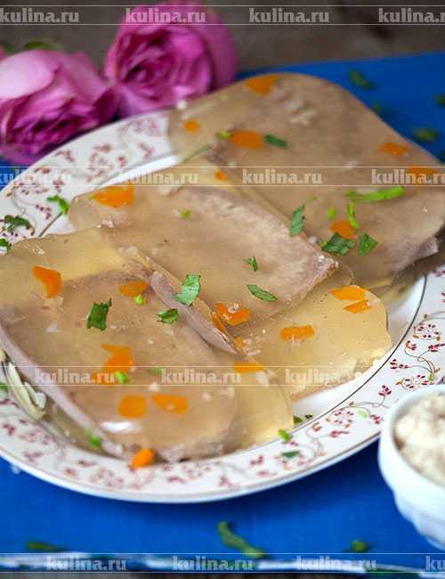 Заливное из говяжьего языка — 7 пошаговых рецептов с желатином