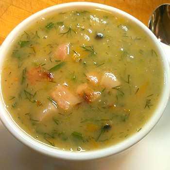 Суп с солеными груздями - рецепт из свежих грибов