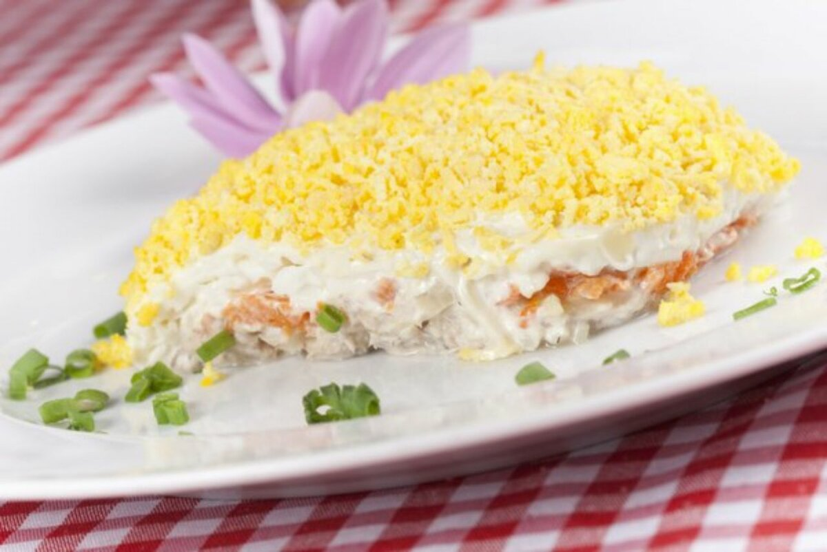 Мимоза салат классический с сыром рецепт с фото - 1000.menu