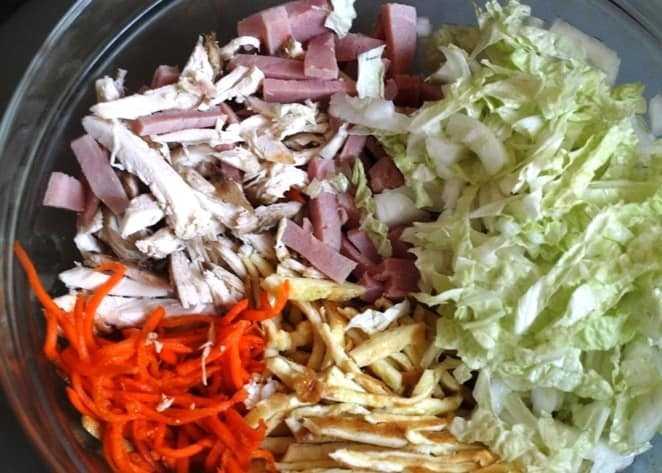 Салат-трансформер из пекинской капусты и корейской моркови, рецепт с ингредиентами: капуста пекинская, морковь по-корейски, кукуруза консервированная