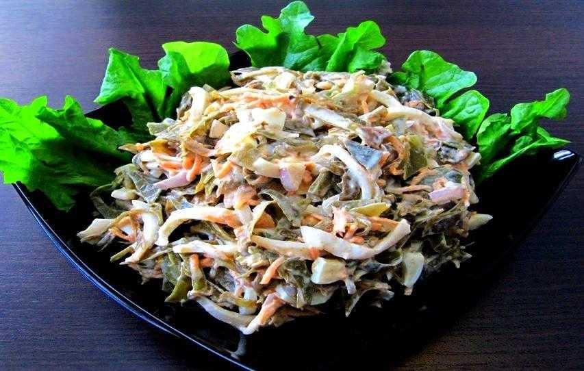 Салат с кальмаром и яйцом: 5 фото-рецептов