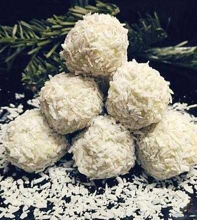 Рафаэлло из крабовых палочек - как приготовить сырные шарики на закуску по рецептам с фото