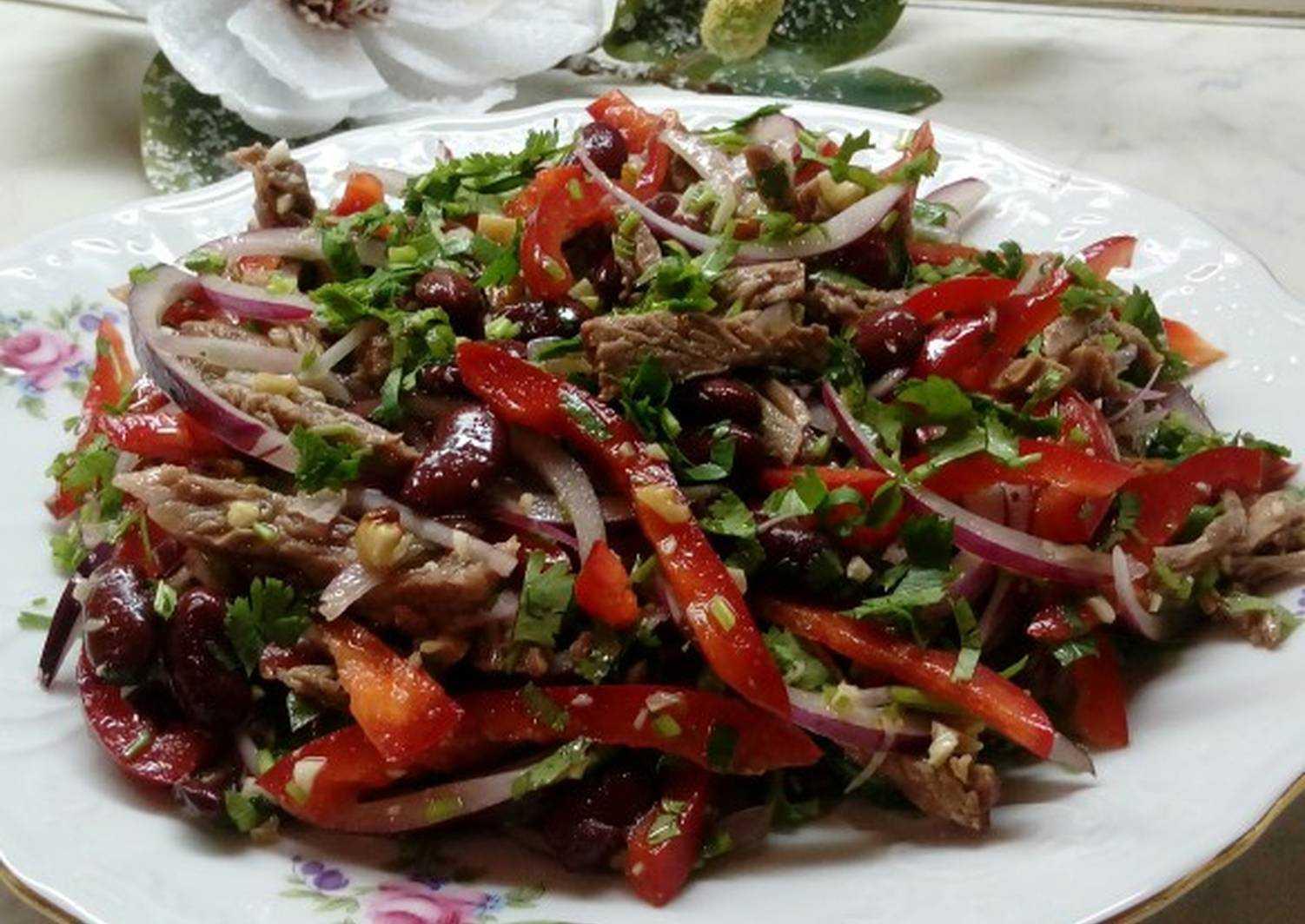 Салат тбилиси с гранатом рецепт с фото - 1000.menu