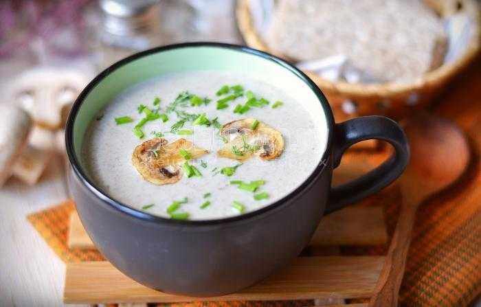 Суп из шампиньонов: как приготовить пошагово