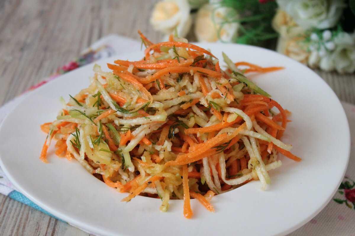 Как приготовить салат из маргеланской редьки?