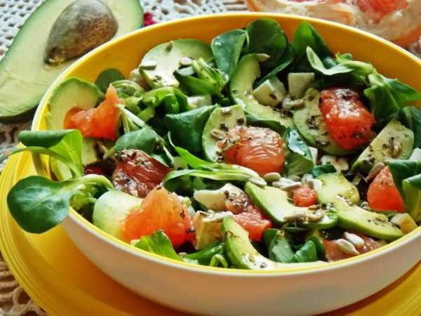 Вкусный салат с консервированной фасолью: пошаговый рецепт с фото