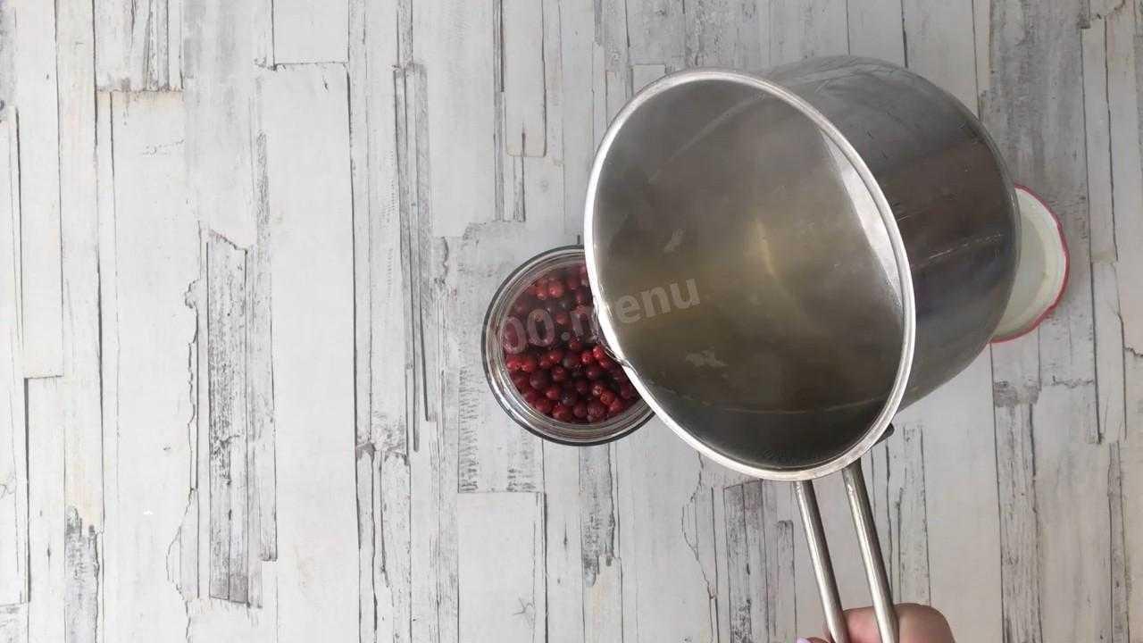 Как замочить бруснику на зиму