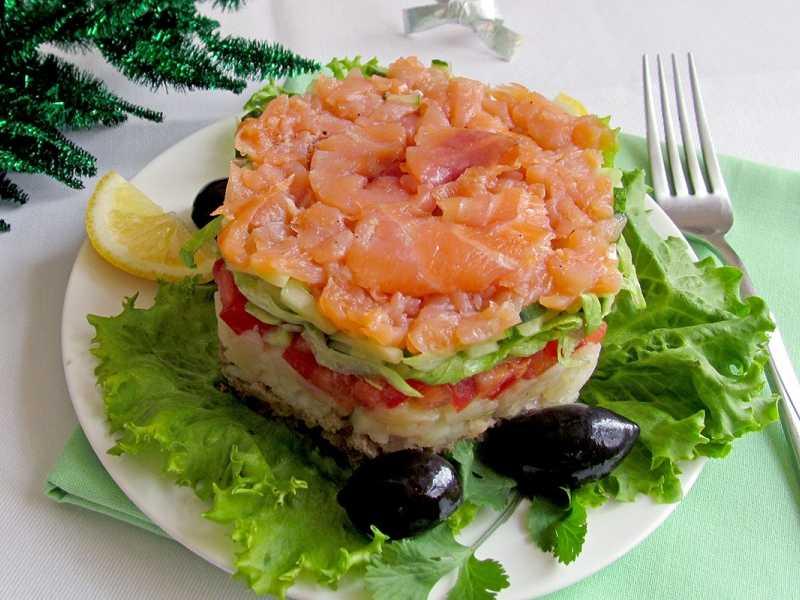 Салат с лососем - 17 рецептов приготовления пошагово - 1000.menu
