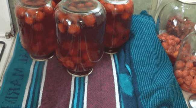 Клубничный компот -пошаговый рецепт с фото