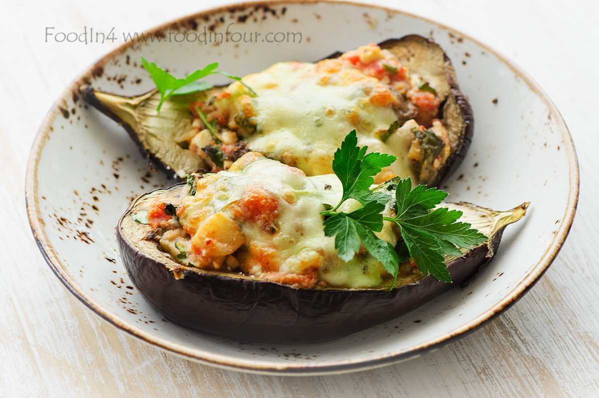Сыр моцарелла с помидорами и базиликом: 5 простых рецептов