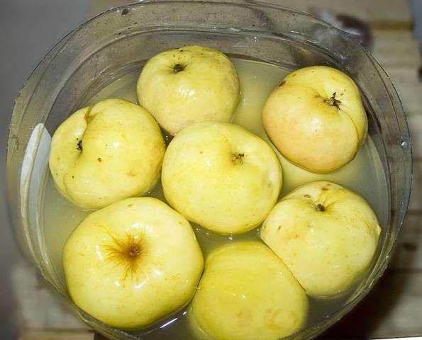 Моченые яблоки в домашних условиях- простые рецепты на зиму