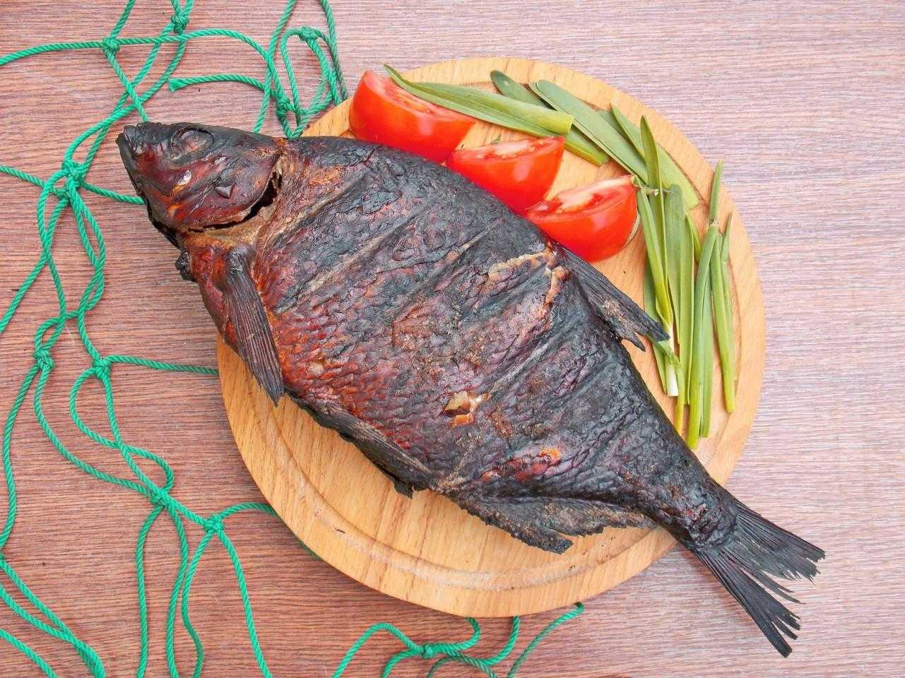 Рецепт леща горячего копчения в коптильне - 4 пошаговых фото в рецепте