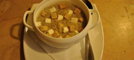 Суп-пюре из шампиньонов: как приготовить. Рецепты с картофелем, зеленью, курицей, брокколи, кабачком и цветной капустой.