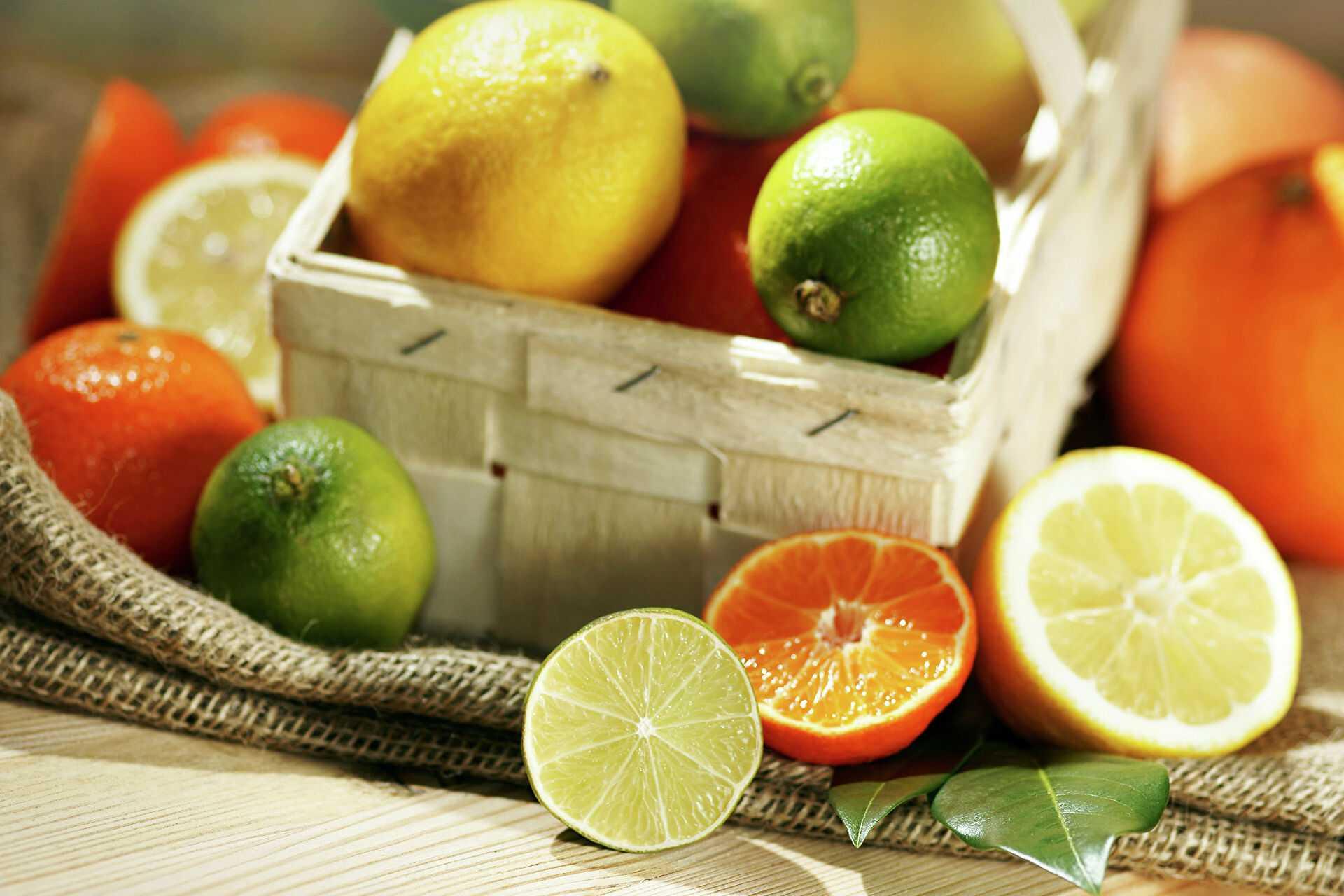 Можно ли замораживать лимон, сохраняет ли он полезные свойства