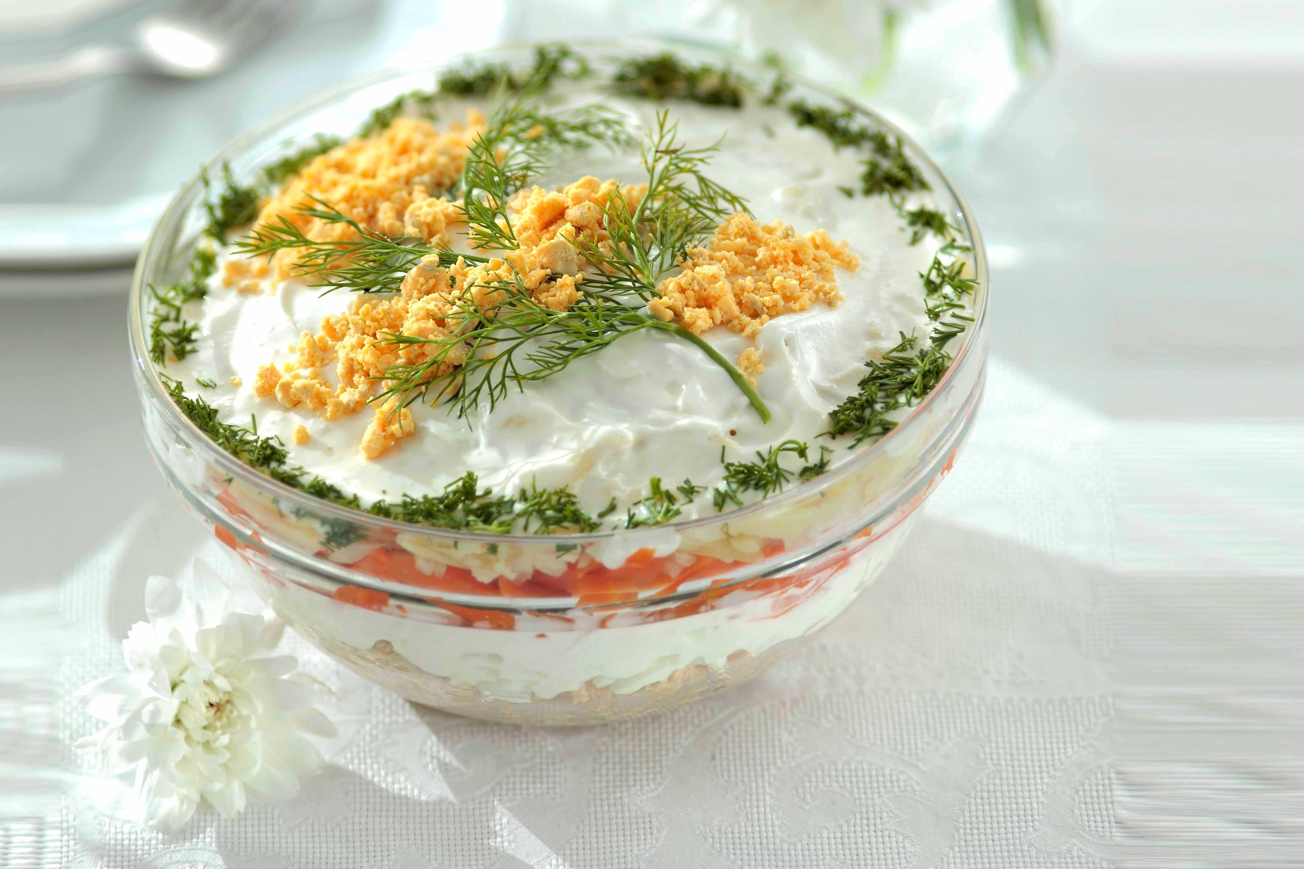 10 рецептов салата мимоза из рыбной консервы