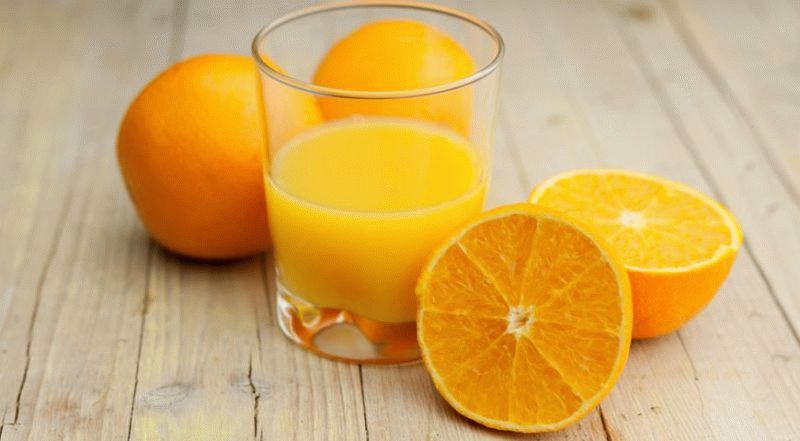 Сок черноплодной рябины: полезные свойства, как приготовить и рецепты лечения