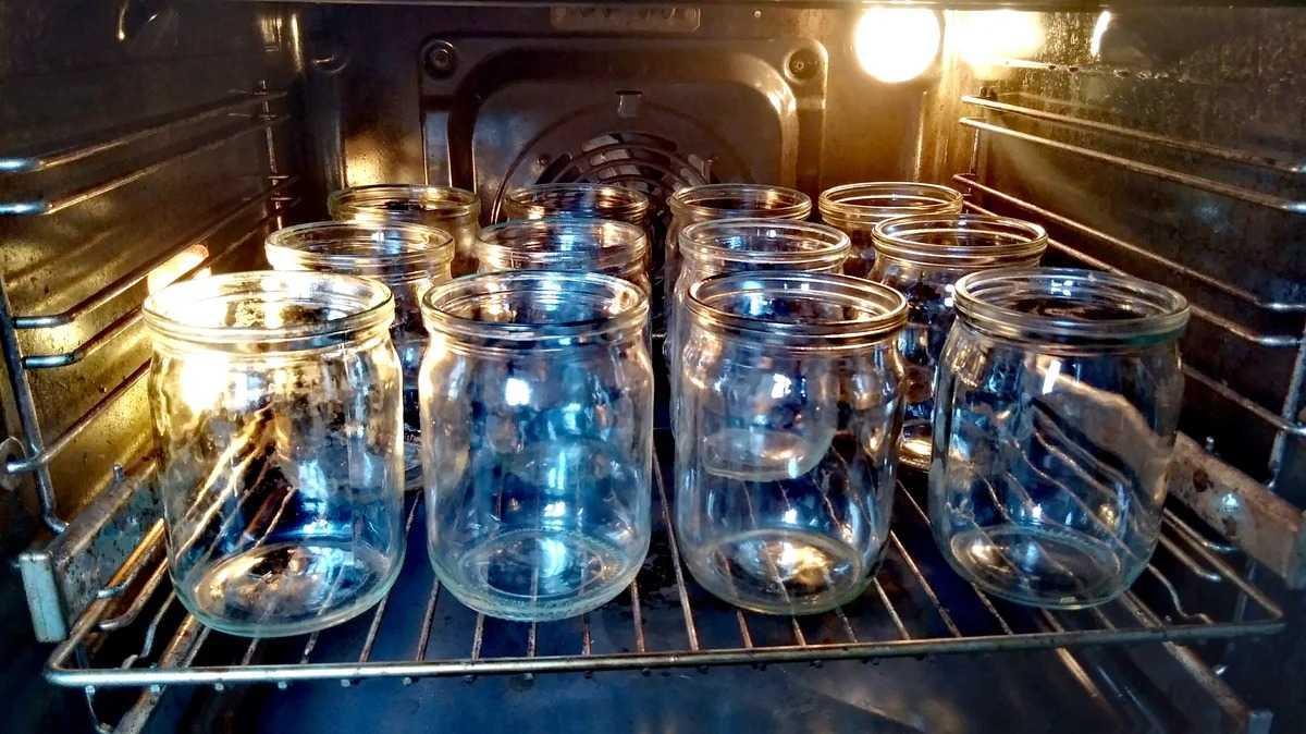 Стерилизация банок в духовке: электрической, газовой, время стерилизации