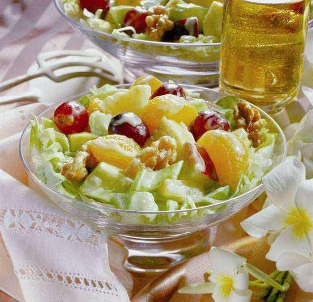 Фруктовый салат с йогуртом для детей сладкий рецепт с фото пошагово - 1000.menu