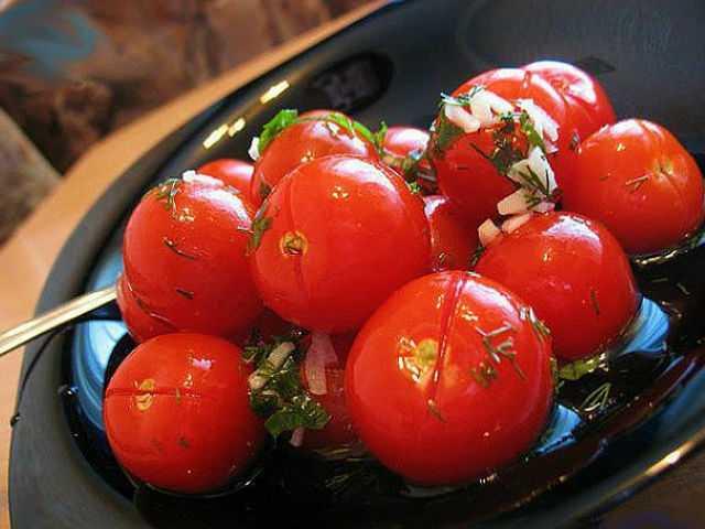 Малосольные огурцы: самый простой и правильный рецепт