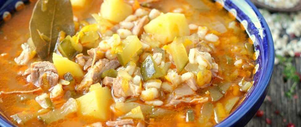 Рассольник с тушёнкой и рисом - 13 пошаговых фото в рецепте