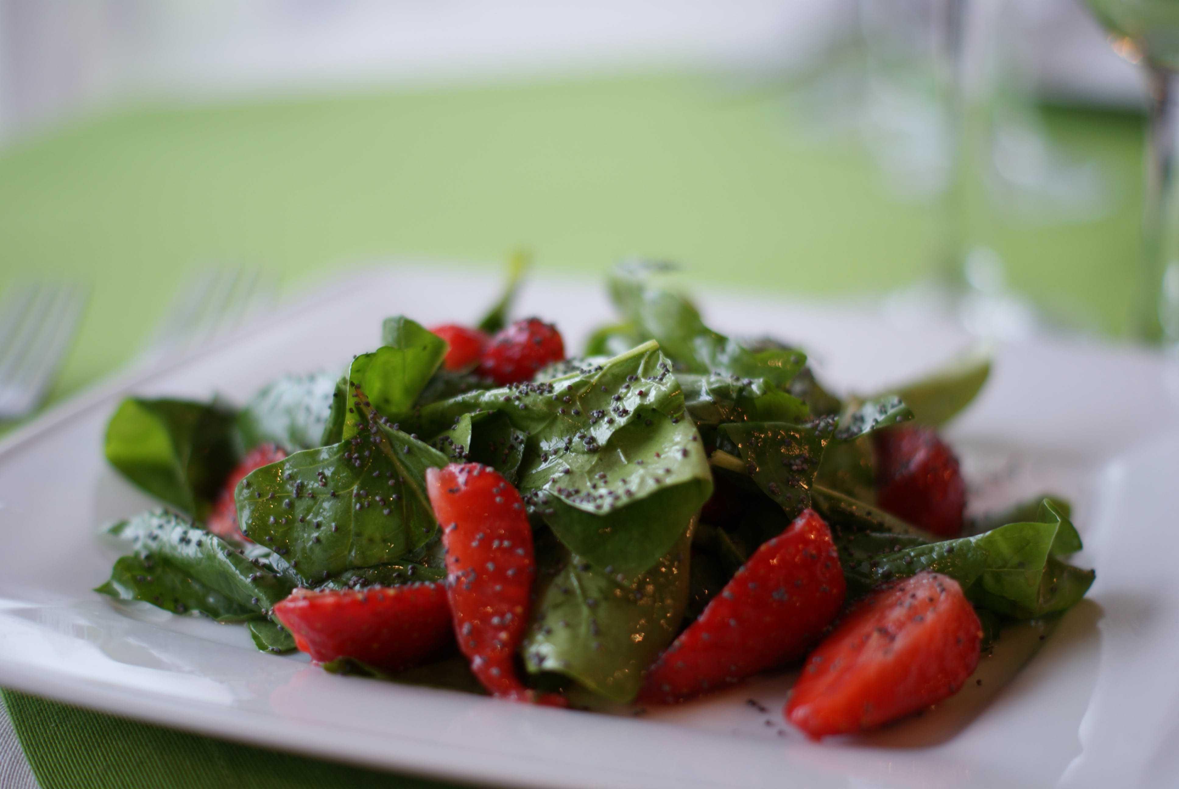 Салат с творогом помидорами и зеленью рецепт с фото пошагово - 1000.menu