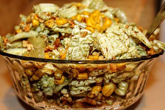 Салаты из капусты — 17 лучших рецептов с фото
