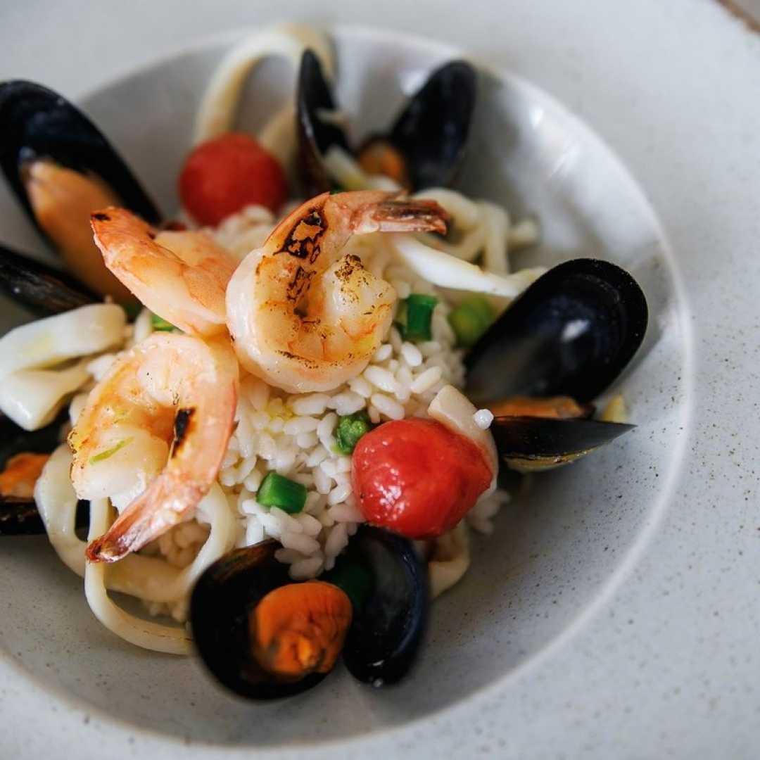 Салат с мидиями - 15 домашних вкусных рецептов приготовления