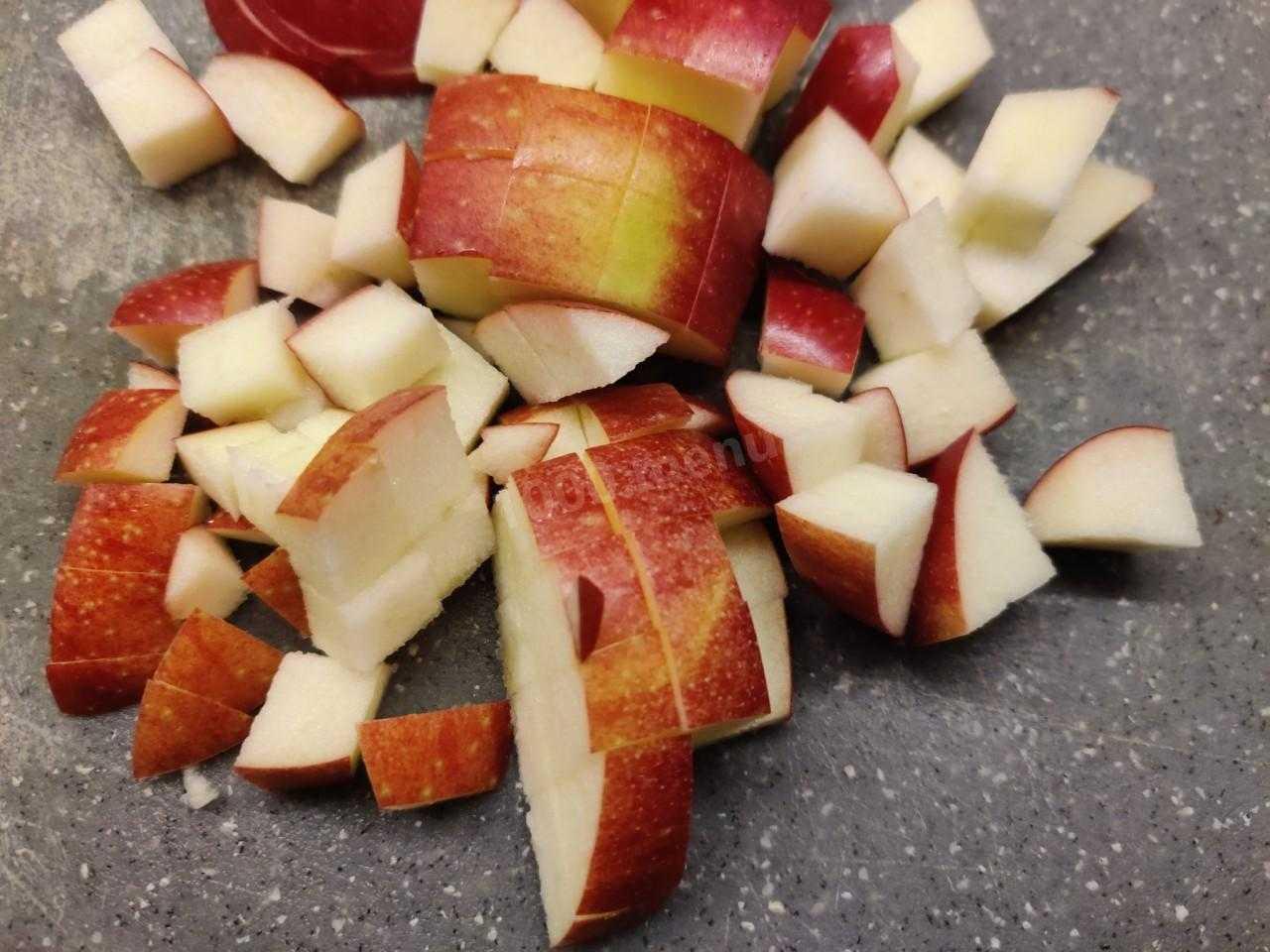 Салат с сельдереем и яблоком - 15 вкусных рецептов