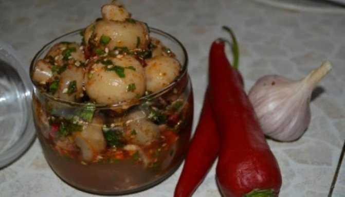 Шампиньоны по-корейски: главные принципы готовки, выбор ингредиентов. Перечень пошаговых рецептов с фотографиями. Калорийность блюда.