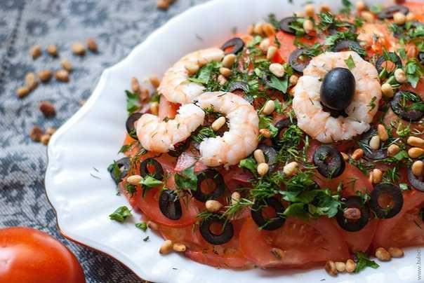 Готовим салат морской бриз кальмары, креветки, перец, пармезан: поиск по ингредиентам, советы, отзывы, пошаговые фото, подсчет калорий, удобная печать, изменение порций, похожие рецепты