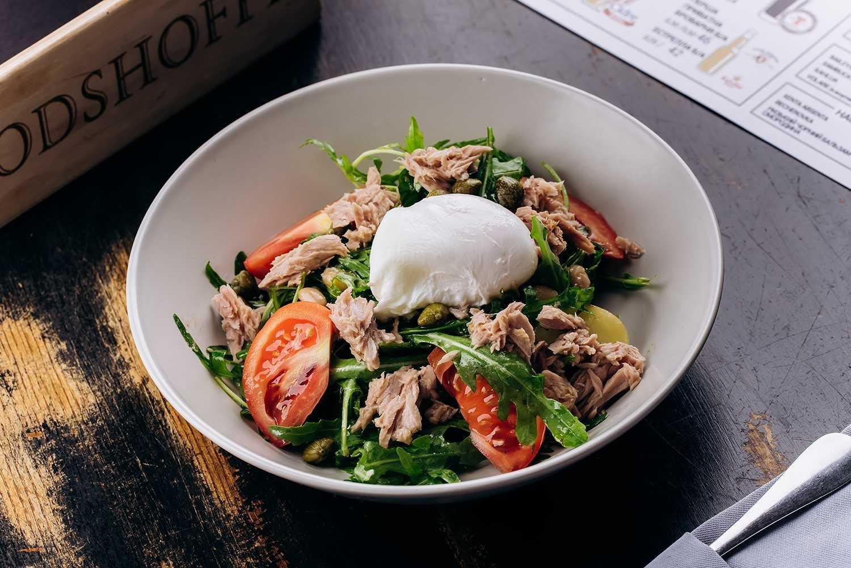 Салат с рукколой и тунцом: топ-5 рецептов