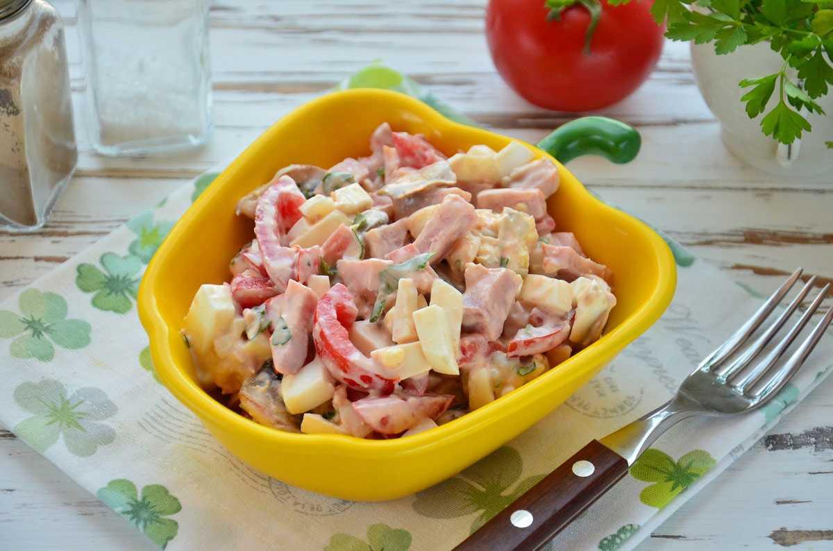 Салат с ветчиной, грибами и сыром – пошаговый рецепт с фото   ne-dieta