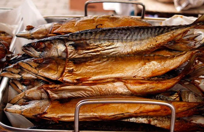 Копченый лосось: состав, калорийность, польза и вред