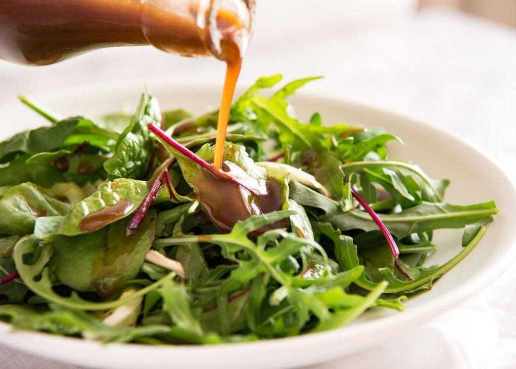 Горчичная заправка для салата: ингредиенты, рецепт, особенности приготовления - samchef.ru