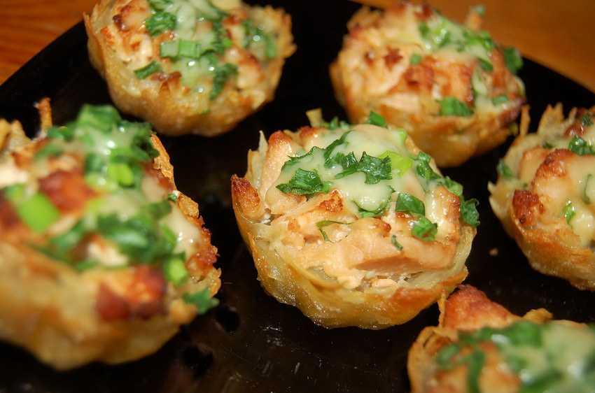 Аппетитный салат «новогодние часы»: встречаем праздник вкусно