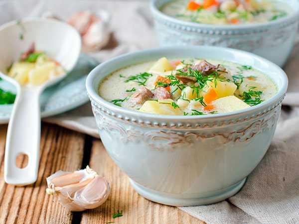 Грибной суп с замороженными лисичками