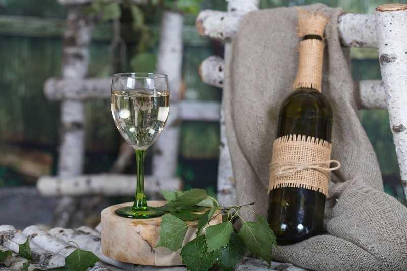 Вино из березового сока в домашних условиях – два рецепта