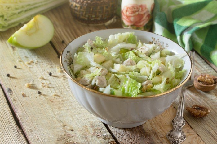 5 рецептов диетического салата из пекинской капусты