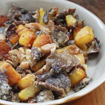 Салат с мясом и грибами. 5 сытных и вкусных вариантов к празднику и на каждый день